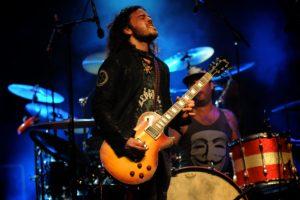 TonyM_guitarist2