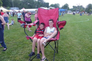 boys in chair_pk_P1000227-X4
