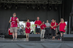 stage_dignified-guests_Canada_Day_20180701_0481-2b